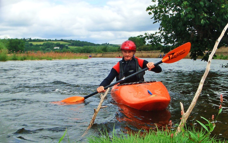 river-strokes-kayak-eddie